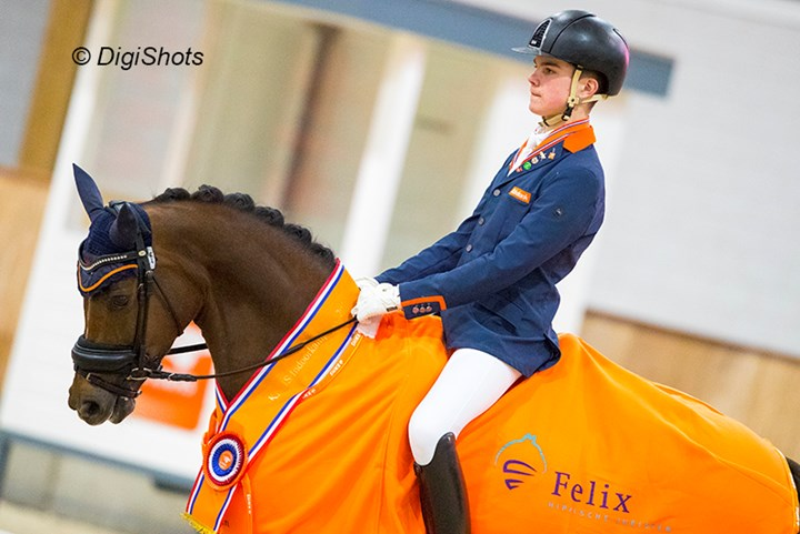 *VIDEO* KNHS Indoor ´17: Marten Luiten en Movie Star in topvorm naar zege
