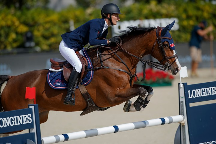 CSIO Barcelona: Aniek Poels en Barry White zesde in Grote Prijs *VIDEO*