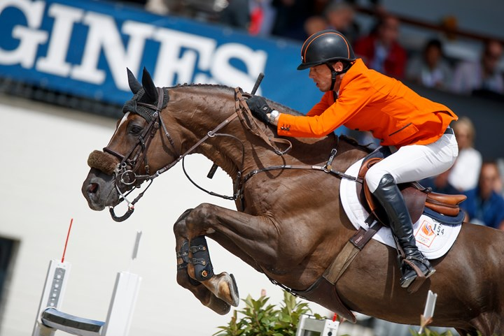 Harrie Smolders derde in Grand Prix Parijs
