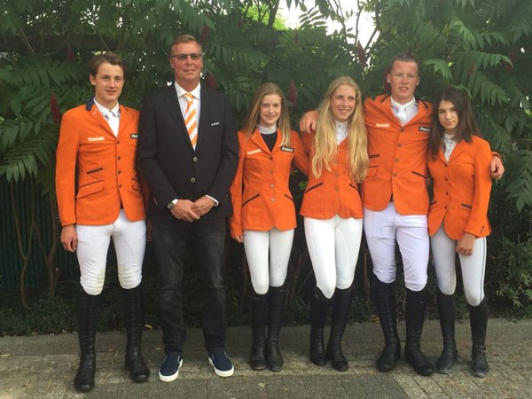 Team EK Springen pony's bekend