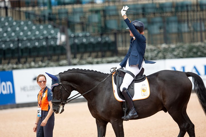 Tryon 2018: Nicole den Dulk pakt brons in Grade II *video*