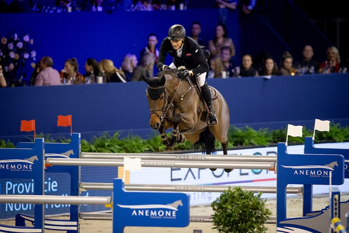 Marc Houtzager vijfde in Grote Prijs Jumping Amsterdam *Video*